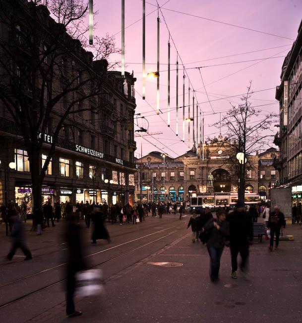 Bahnhofstrasse Zürich mit Weihnachtsbeleuchtung